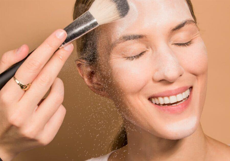 خرید بهترین تثبیت کننده آرایش صورت